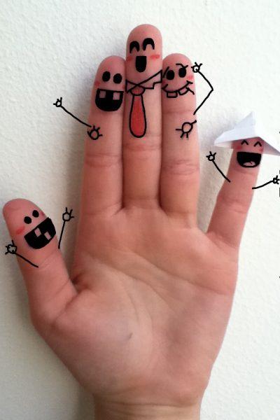 2009. Fingers (обучалка на анг.)